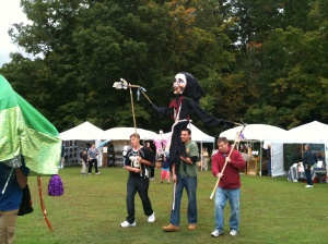 Parade of the Puppets opens the Festival
